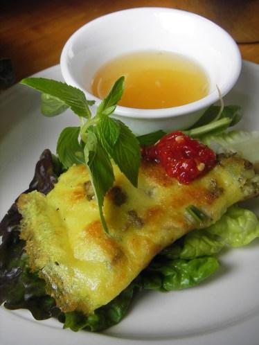 Vietnamese crepe