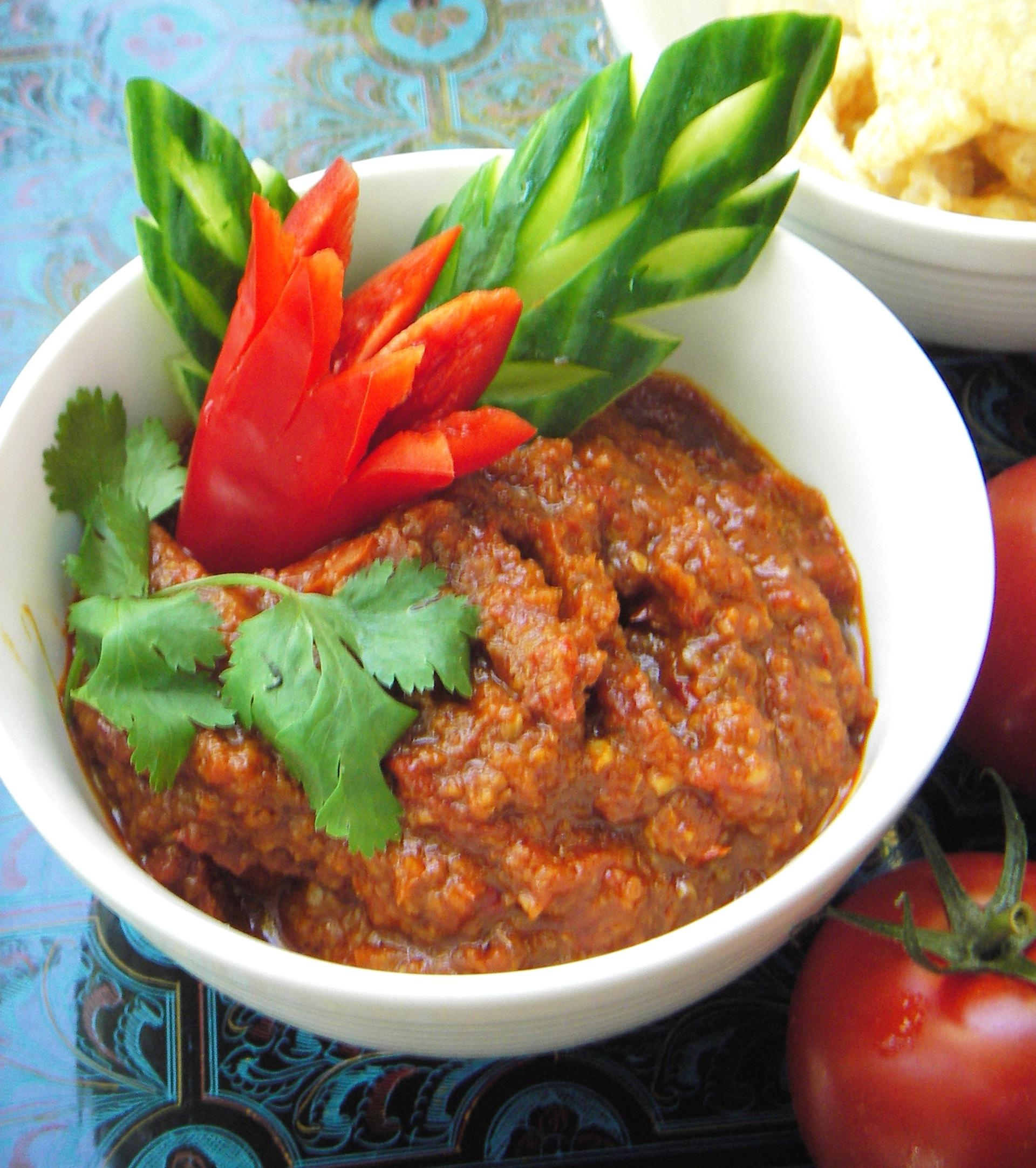 tomato pork chili dip recipe nam prik ong pranee s thai kitchen