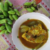 Southern Thai Fish Head Sour Curry with Bilimbi