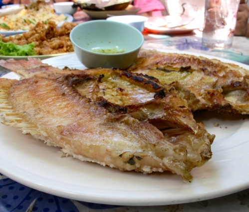 Grilled Butterflied Fish with Seafood Dipping Sauce