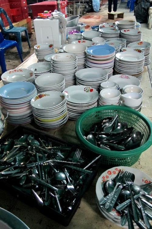 Dishes and tableware for serving