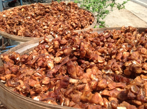 Seedless Tamarind Chunk is sundry in the bamboo tray
