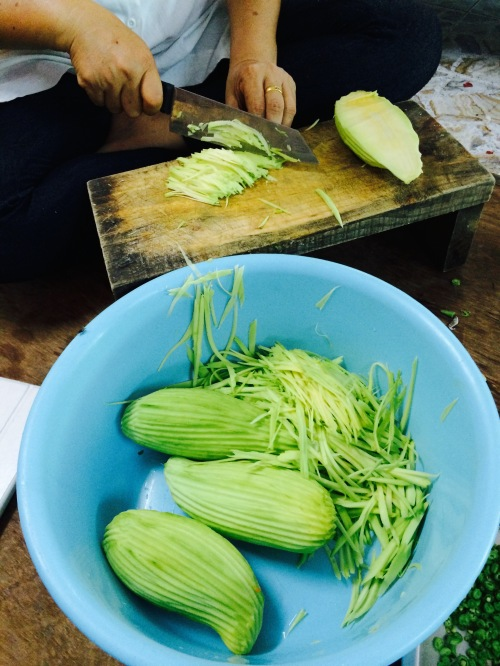 How to Slice the Green Mango for Thai Salad for Thai Chili Dip