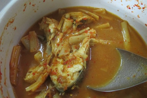 Sour Curry with Fish and Banana Stem