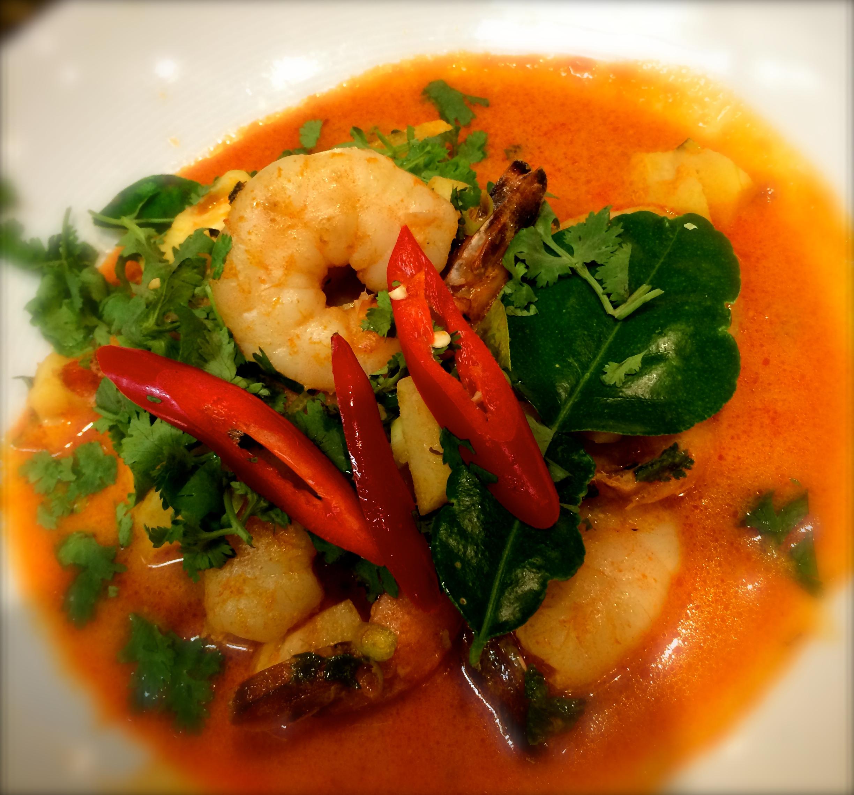 ~Red Curry Shrimp with Pineapple Recipe-แกงคั่วสับปะรด~